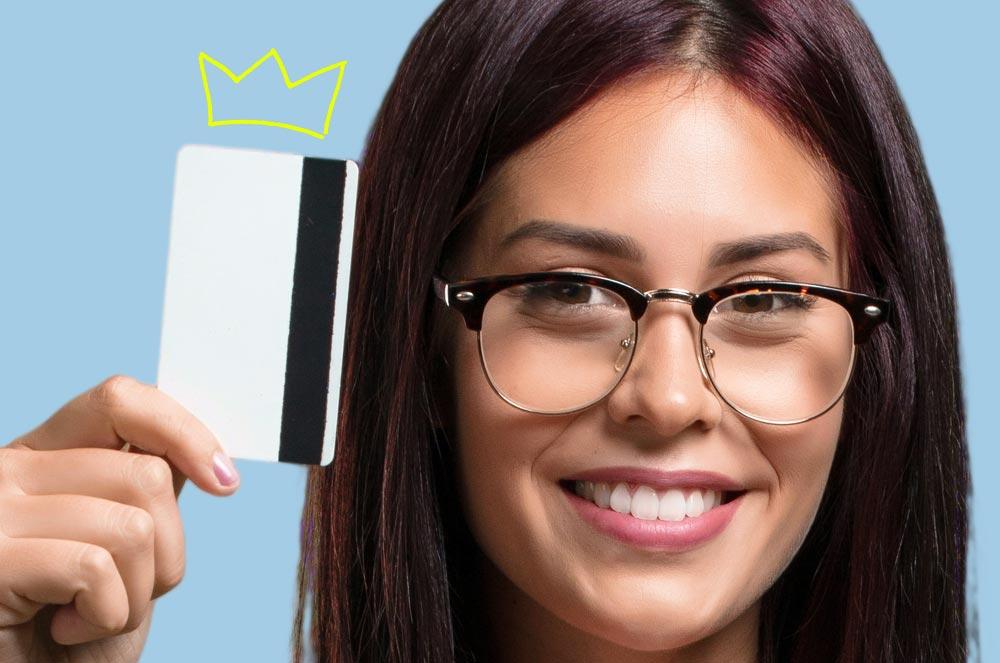 Преимущества оплаты товаров и услуг кредитной картой